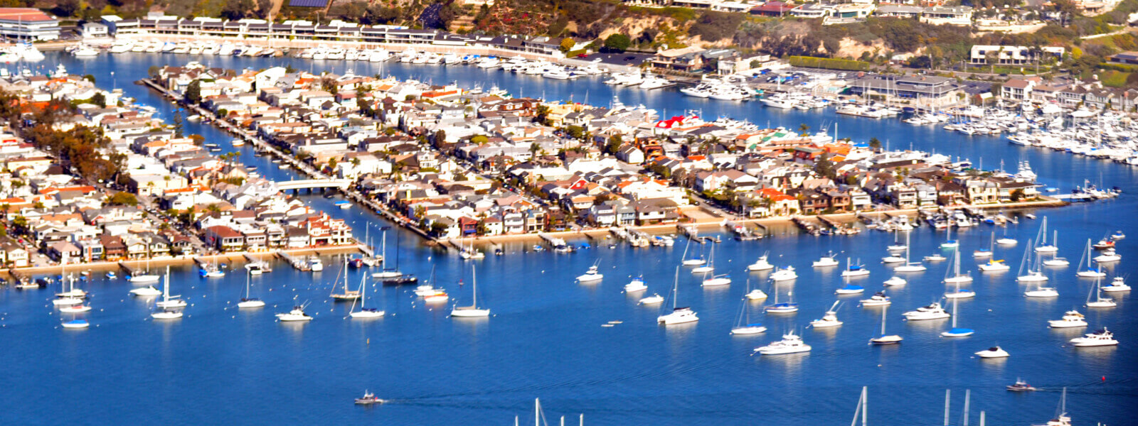 YachtLife's top Yachting Activities in Newport Beach - Balboa Island