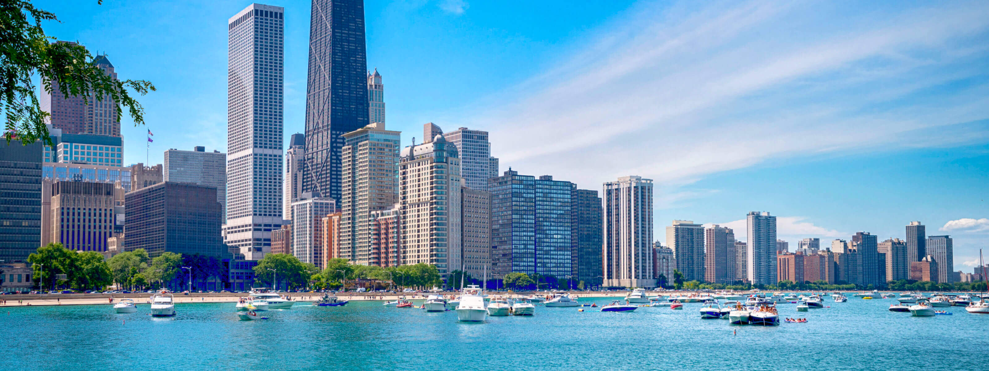 YachtLife's top Yachting Activities in Chicago - Lake Michigan